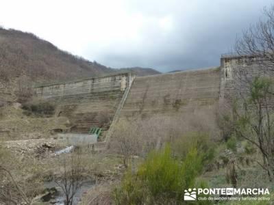 El Valle del Ambroz y la Judería de Hervás - Hervás  PR-CC 36 La Chorrera;rutas para hacer sender